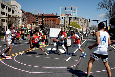 4/28/2018 Mike Orazzi | Staff The annual Hoops for Homeless in downtown New Britain.