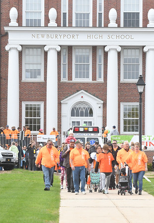 JIM VAIKNORAS/Staff photo About 200 people step off from Newburyport High School in the annual Walk MS, Sunday morning.