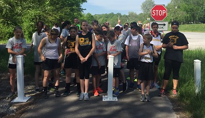 Runners in the 2017 run club race at the starting line