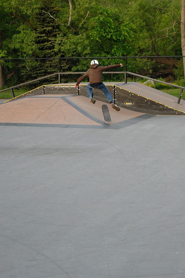 5/23/08 Jonas at Auburn Hils skate park