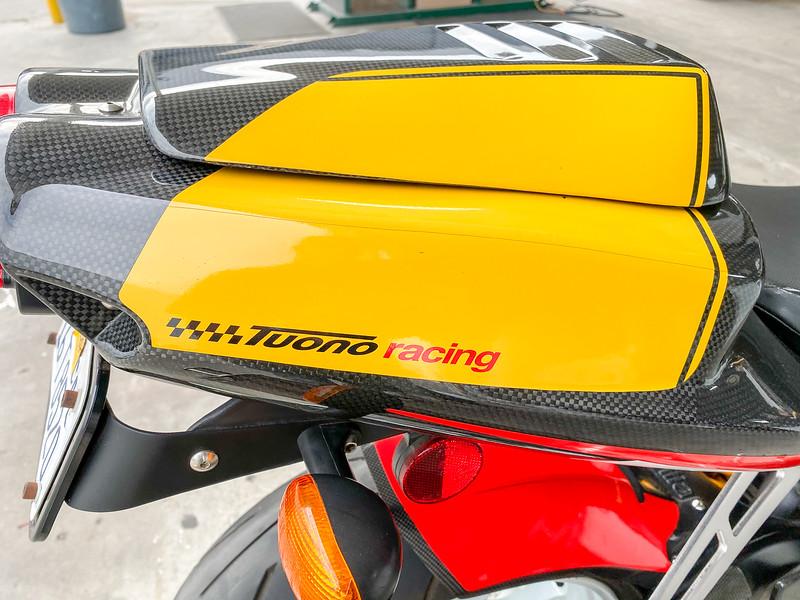 Aprilia Tuono Racing -  (17)