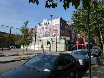 Houston St (6th - MacDougal)