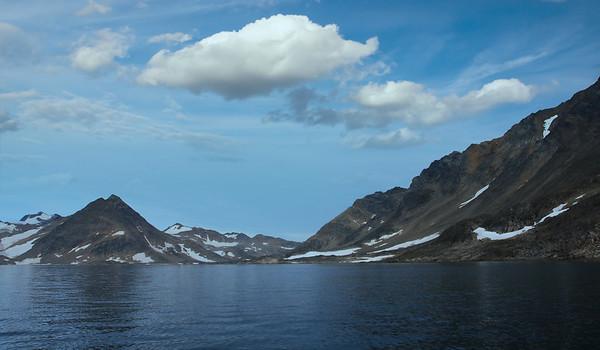 Στον Παγετώνα Apusiaajik.