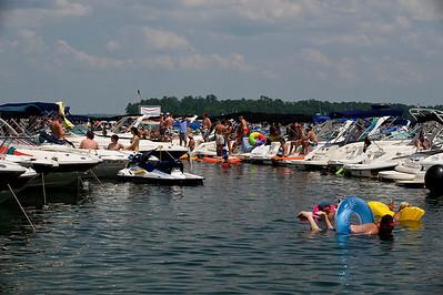 Raft up 728