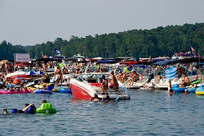 Raft up 721