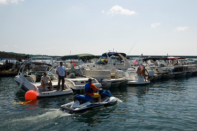 Raft up 724