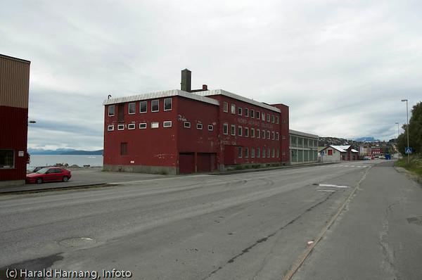 Tidligere Nord-norges Salgslags slakteri og produksjonanlegg ved havna i Narvik.
