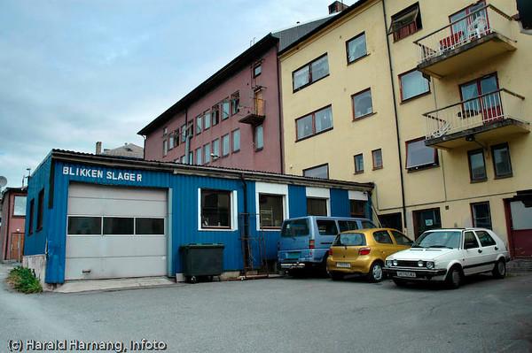 Blikkenslager Fjelde. Dronningens gate Narvik