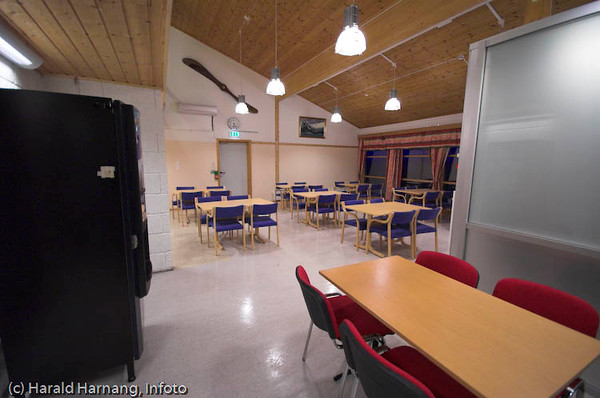 Narvik lufthavn etter ombyggingen med sikkerhetssluser.