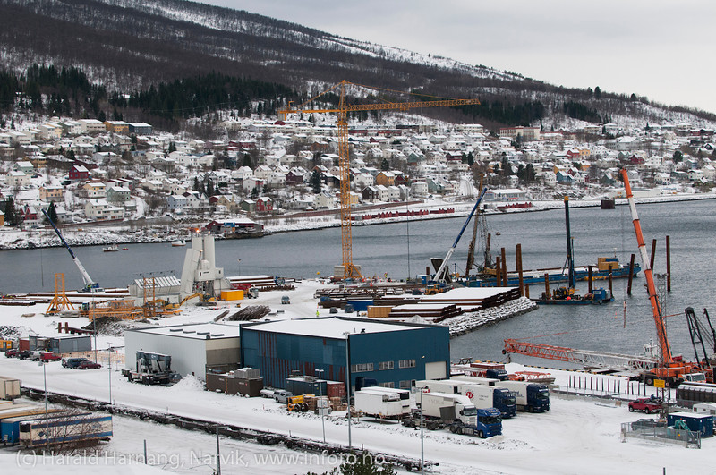 PEAB bygger malmutsikpningskai for Northland Resources. Ferdig til påske 2013. Foto: 18. februar 2012. Northland Resources shipping facilities in Narvik under construction.
