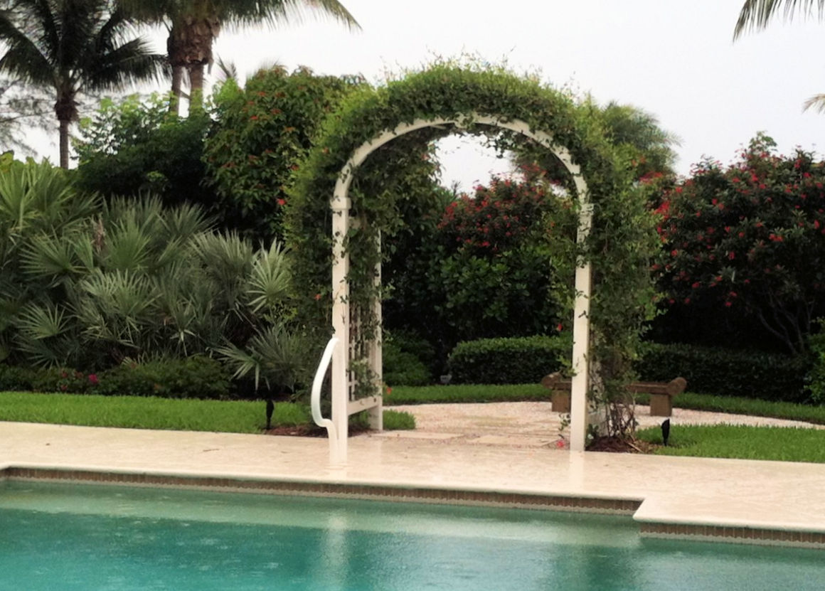 95 - 387172 - Sanibel FL - Custom Arbor