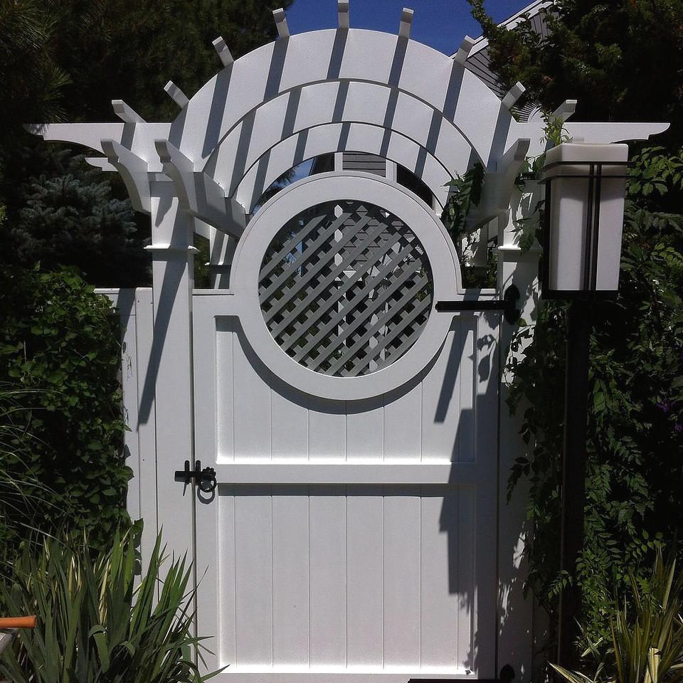 963 - Marblehead, MA - Custom Gate & Arbor