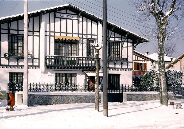 Notre maison (remplacée par un immeuble)