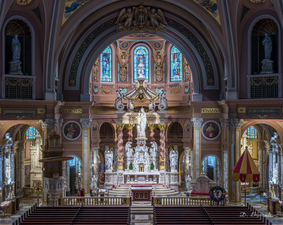Our Lady of Victory Basilica, Sanctuary