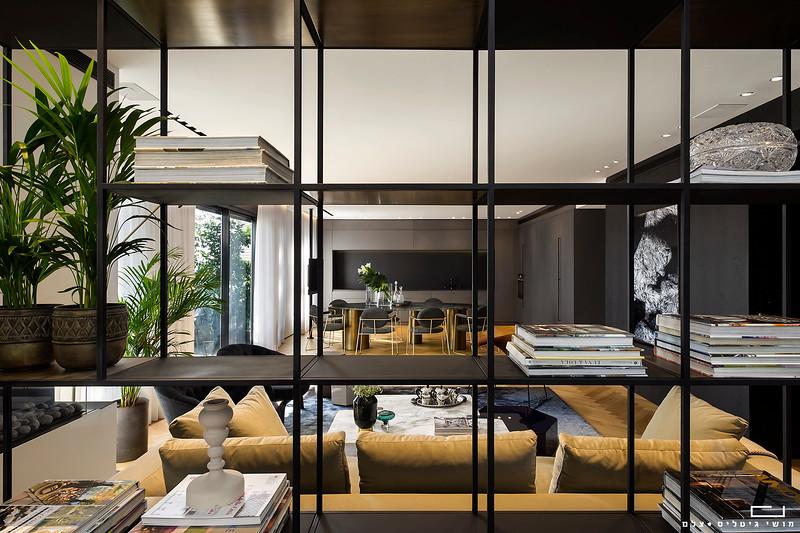 דירה באזור המרכז. תכנון ועיצוב אדריכלי: כפיר אזולאי גלאטיה