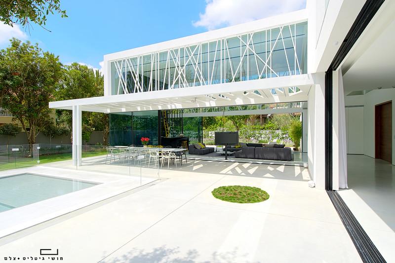 בית באזור המרכז. צולם עבור חברת טלבי. אדריכלות: פיצו קדם