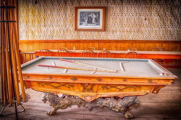 Bodie Pool Table