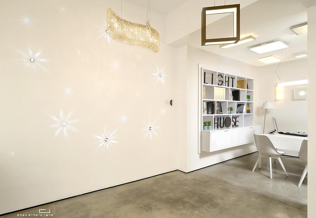 צילום אדריכלות: אולם תצוגה של חברת לייטהאוס. עיצוב פנים: סטודיו  180