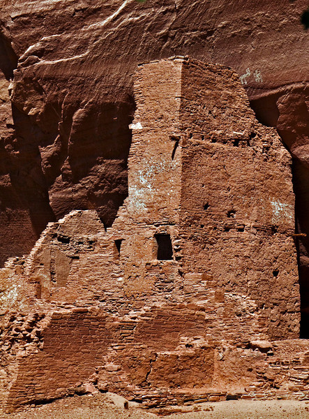 One of many cliff dwellings.