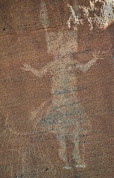 Petroglyph of the figure of a Yei. The square head indicates a female deity, with round head indicating a male.