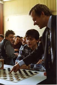 '94 opening nat  jeugddag Bussum door wethouder JFM Zonneveld
