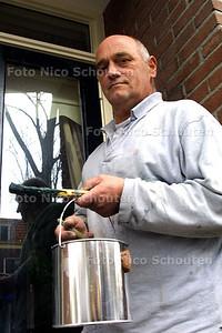 HC - PIERE WIJNEN, HUISSCHILDER - DELFT 3 NOVEMBER 2003 - FOTO: NICO SCHOUTEN