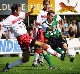 HC SPORT - NOORDWIJK_SCHEVENINGEN - NOORDWIJK 13 SEPTEMBER 2003 - FOTO: NICO SCHOUTEN