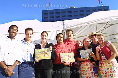 HC - PRIJSUITREIKING ZEESTER 2003 - De prijswinnaars - DEN HAAG 13 SEPTEMBER 2003 - FOTO: NICO SCHOUTEN