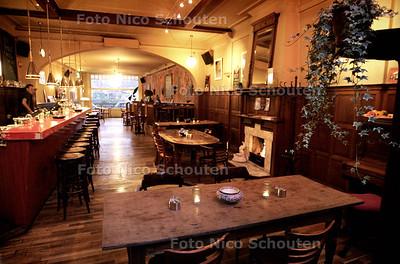 HC - RESTAURANT SAVANE - DEN HAAG 4 DECEMBER 2004 - FOTO NICO SCHOUTEN