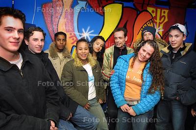 HL - JONGERENSOOS ALETTAHOF - VOORSCHOTEN  19 FEBRUARI 2004 - FOTO: NICO SCHOUTEN
