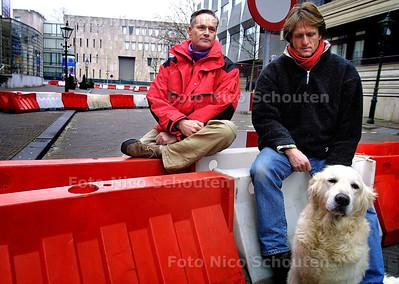 HC - CASCADES IN MOEILIJKHEDEN, Reinier Botting (l) en Mark Vossen - DEN HAAG 21UARI 2004 - FOTO: NICO SCHOUTEN