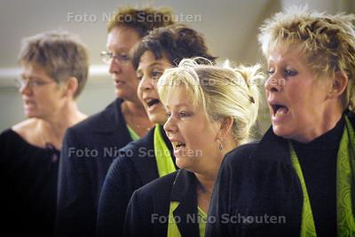 HC ZAT - ZANGGROEP FEM FOKAAL - DEN HAAG 26 FEBRUARI 2003 - FOTO: NICO SCHOUTEN