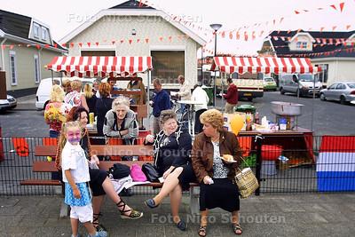 HC - OPENDAG WOONWAGENKAMP - DEN HAAG 4 JUNI 2004 - FOTO NICO SCHOUTEN