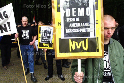 HC - DEMONSTRATIE NVU, NEDERLANDSE VOLKSUNIE - DEN HAAG 4 JUNI 2004 - FOTO NICO SCHOUTEN