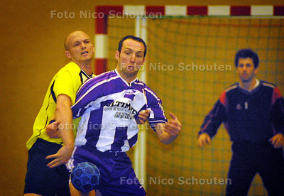 HC SPORT - ANIMO_GEMINI, HANDBAL - RIJSWIJK 13 MAART 2004 - FOTO: NICO SCHOUTEN