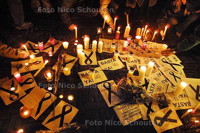 HC - MANIFESTATIE BIJ AMBASSADE VAN SPANJE - DEN HAAG 12 MAART 2004 - FOTO: NICO SCHOUTEN