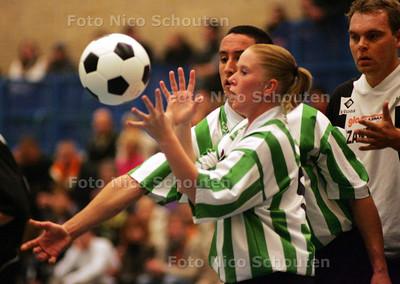 DC - READY_EXELSIOR - HC KORFBAL - RIJSWIJK 3 NOVEMBER 2004 - FOTO NICO SCHOUTEN
