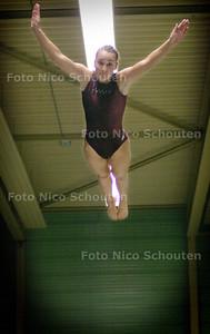 HC - PATRICIA MEIJER, PROPATRIA, TRAMPOLINE - ZOETERMEER 16 OKTOBER 2004 - FOTO NICO SCHOUTEN
