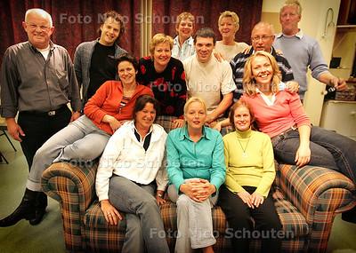 HC - THEATERGROEP ELF - RIJSWIJK 7 OKTOBER 2004 - FOTO NICO SCHOUTEN