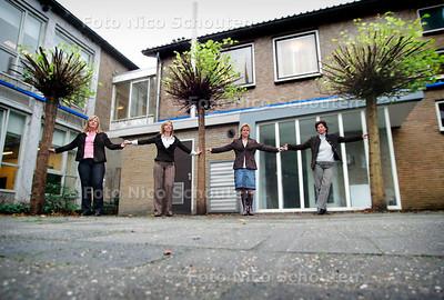 AD/HC - WOONZORGBOULEVARD - RIJSWIJK 2 NOVEMBER 2005 - FOTO NICO SCHOUTEN