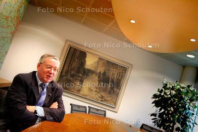 AD/HC - PIET JONKERS, ALGEMEEN DIRECTEUR DUINWATERLEIDING - VOORBURG 25 OKTOBER 2005 - FOTO NICO SCHOUTEN