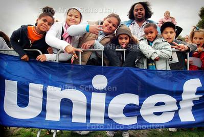 AD - NATIONALE UNICEF LOOP - DEN HAAG 1 OKTOBER 2005 - FOTO NICO SCHOUTEN