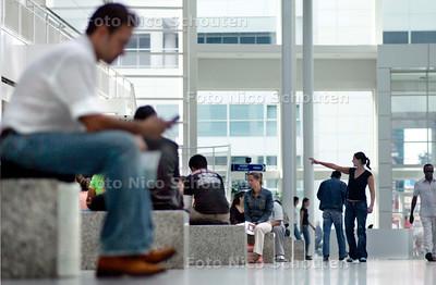 HC - HET ATRIUM - Centrum van de Stad - DEN HAAG 2 SEPTEMBER 2005 - FOTO NICO SCHOUTEN
