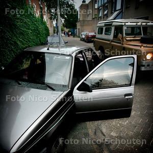 AD/HC - SCENEFOTO HANNEMANSTRAAT - DEN HAAG 9 SEPTEMBER 2005 - FOTO NICO SCHOUTEN