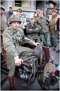 AD/HC - Benefietavond voor veteranen, ASTA - DEN HAAG 5 APRIL 2006 - FOTO NICO SCHOUTEN