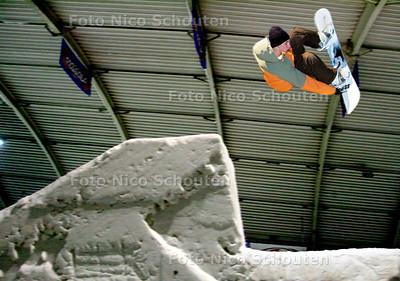 AD/HC - Big Jump (grote schans) in SnowWorld - ZOETERMEER 11 AUGUSTUS 2006 - FOTO NICO SCHOUTEN