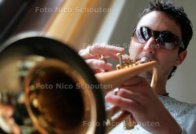 AD/HC - jazztrompettist Rik Mol - DEN HAAG 8 AUGUSTUS 2006 - FOTO NICO SCHOUTEN