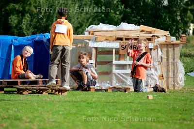 AD/HC - Afrikaans kinder dorp - VOORSCHOTEN 8 AUGUSTUS 2006 - FOTO NICO SCHOUTEN