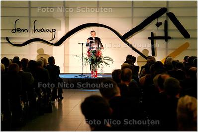 AD/HC - Burgemeesterslezing: bisschop Van Luyn - DEN HAAG 4 DECEMBE 2006 - FOTO NICO SCHOUTEN