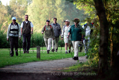 NORDIC WALKING - FOTO NICO SCHOUTEN